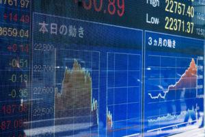 日経平均株価とドル円の為替レートの連動率が高い理由を徹底解説