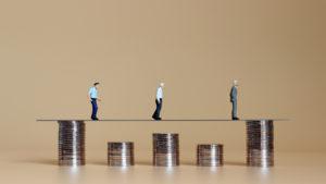 株式の3つの保有期間(長期、短期、中期)のそれぞれの違い