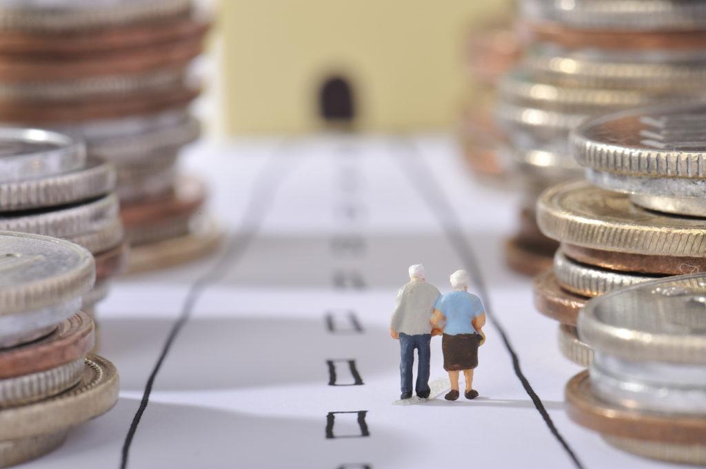 格差が広がるだけではない、私達の老後も不安?気になる今後の年金支給制度