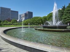 東京都「園内風景」