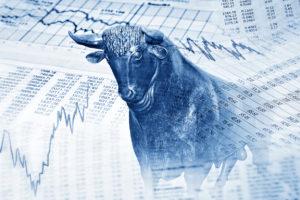 『一番儲かる』『今買うべき』投資信託とは?人気の二大投信の比較を通して考察する。