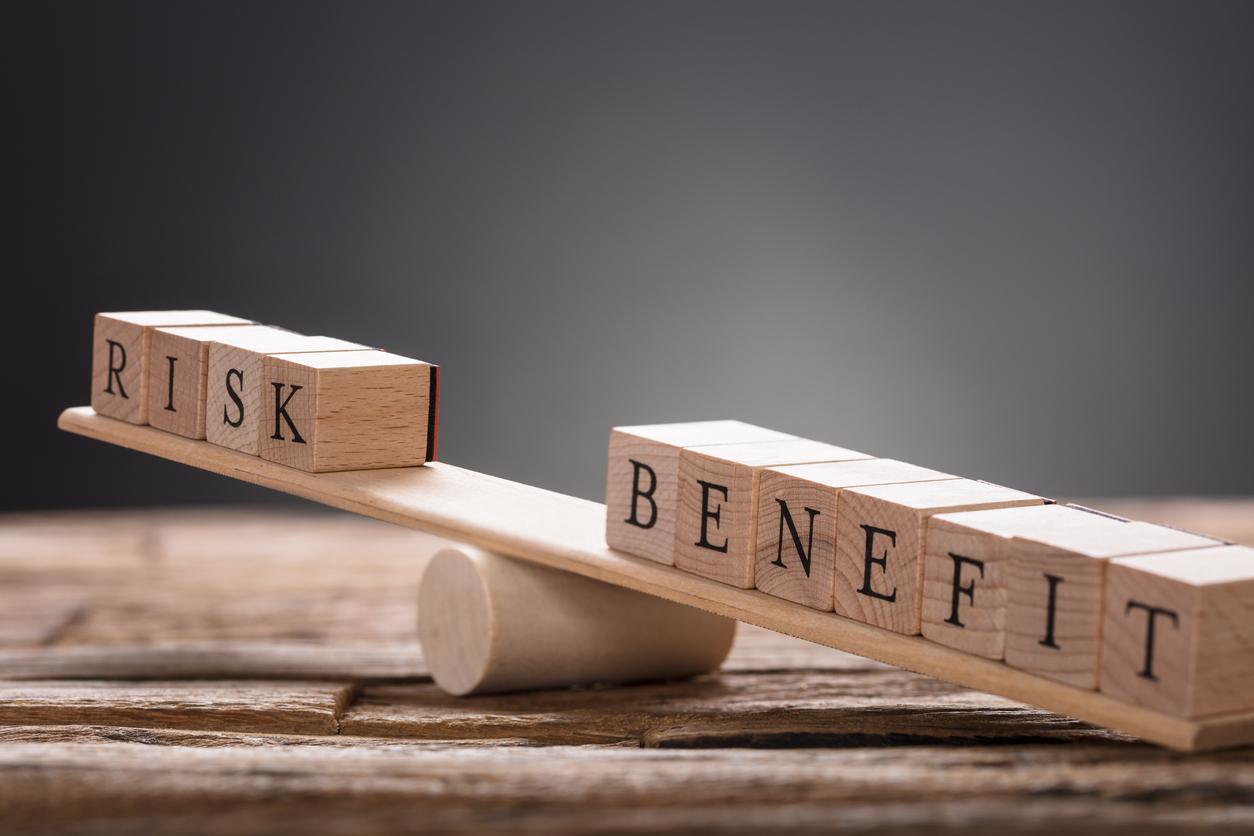 資産運用の初心者が必ず抑えておくべき投資の「リスク」とは?投資に回すお金(余裕資金活用)と分散投資の必要性を理解しよう。