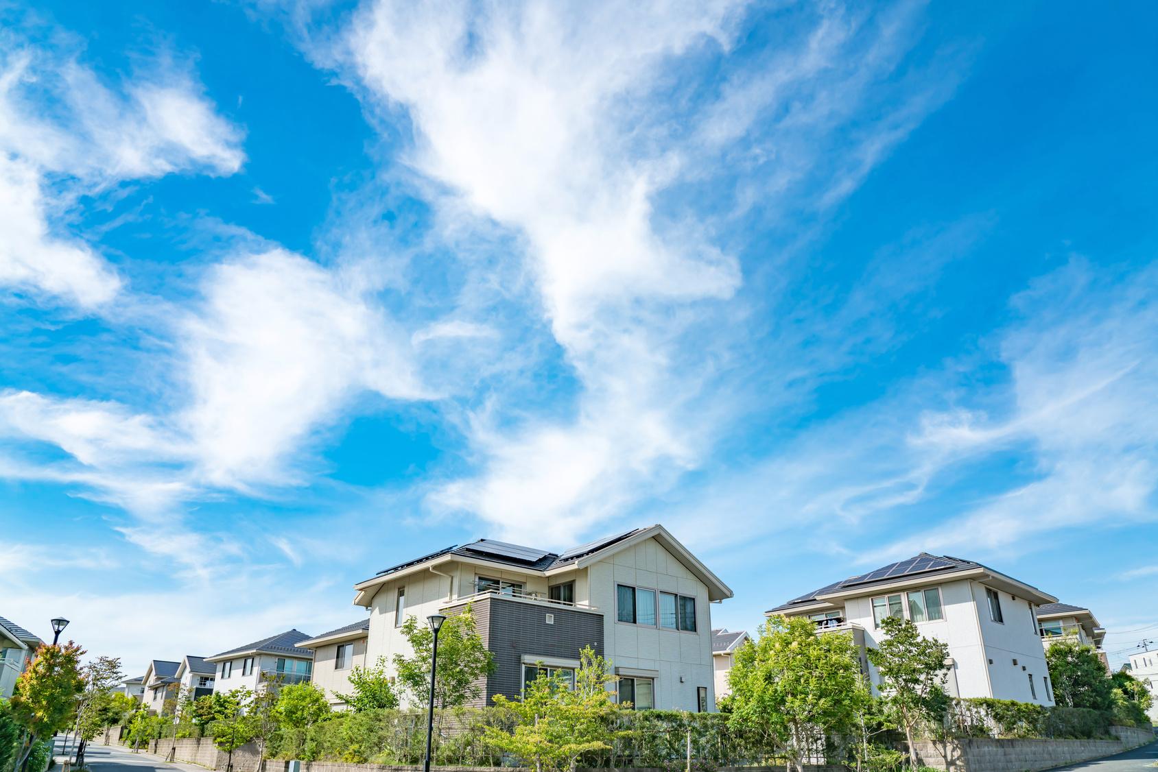 不動産投資型のソーシャルレンディング。REITとは何が違う?