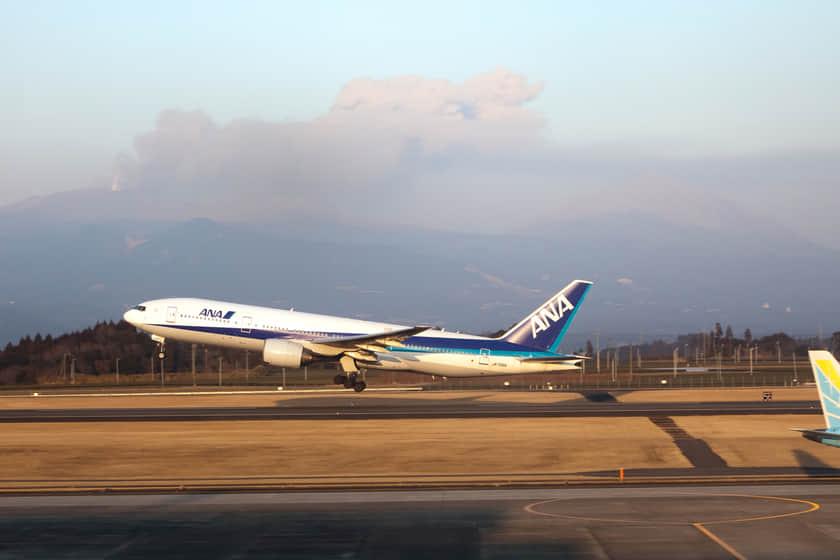 【9202】シクリカル銘柄の代表格で優待も魅力的なANA(全日本空輸)ホールディングスの株価推移を予想。