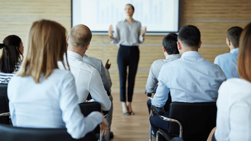 投資初心者になぜセミナーがおすすめなのか?