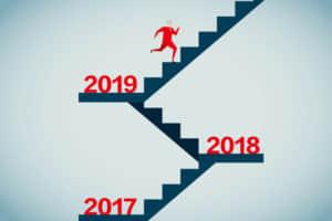 年末年始に取引所グループが開催する「大発会」「大納会」とは?イベント時における株価動向と取引時間を紹介。